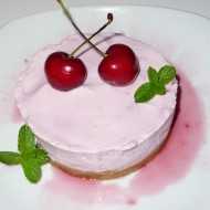 MINI CHEESE CAKE ALLE CILIEGIE