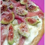 è il caso di dirlo ….. Pizza e fichi !